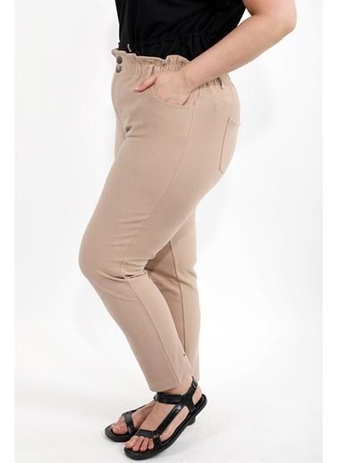 Luokk Pablo Yüksek Bel Önden Fermuarlı Havuç Kesim Kadın Pantolon Bej